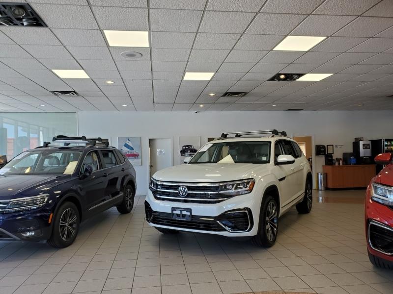 Volkswagen Atlas 2021 price $59,995