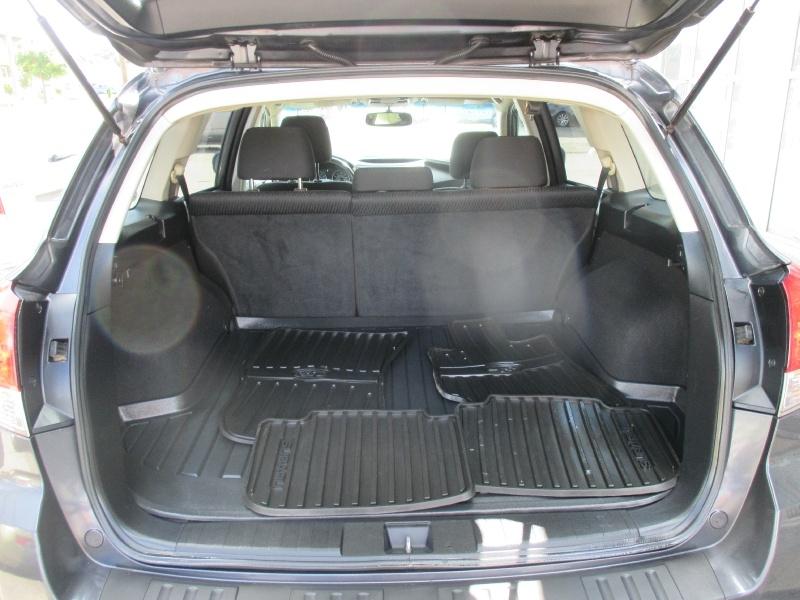 Subaru Outback 2010 price $5,495