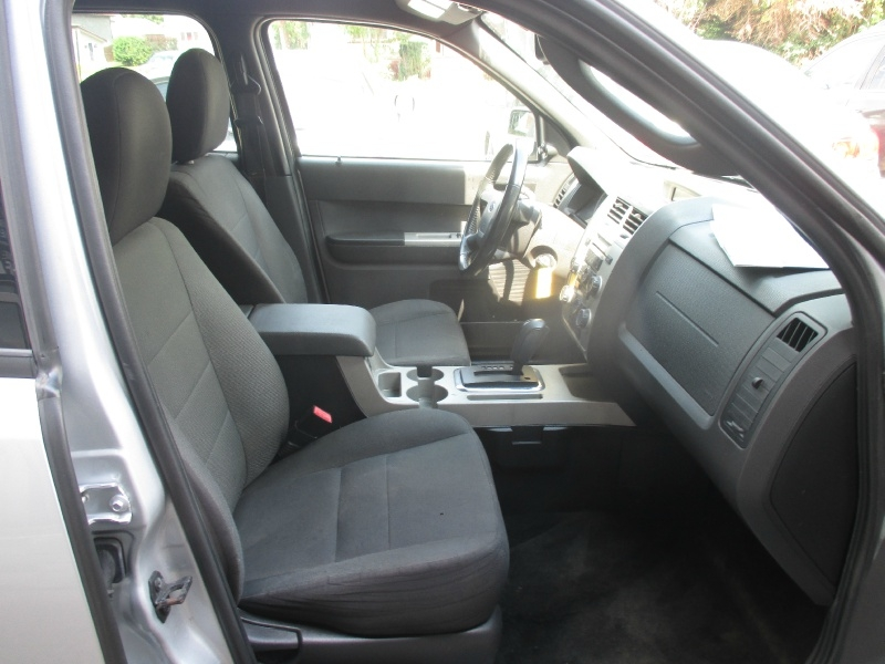 Ford Escape 2011 price $4,995