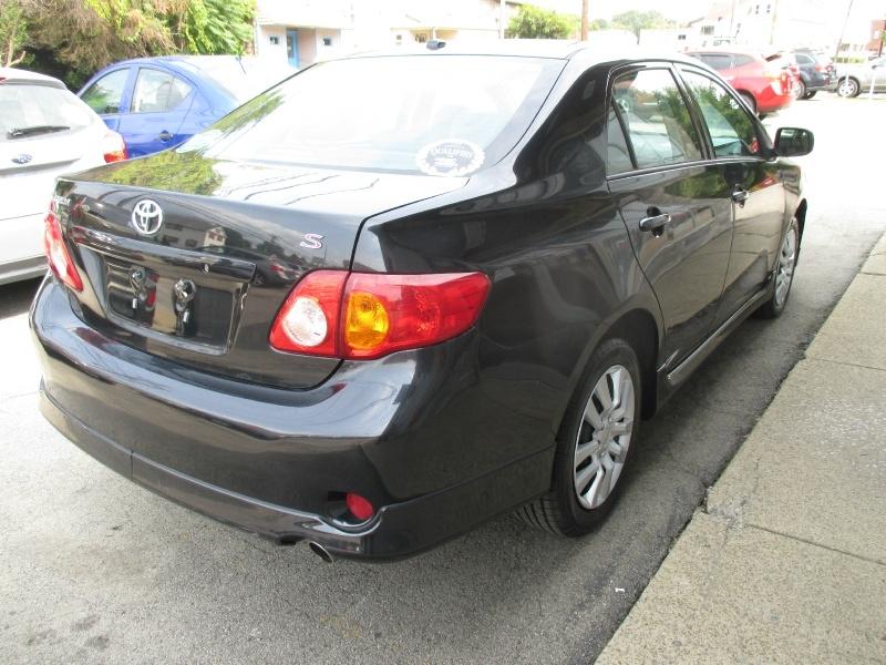 Toyota Corolla 2009 price $4,250