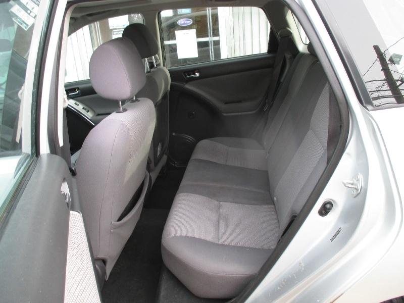 Toyota Matrix 2006 price $4,250