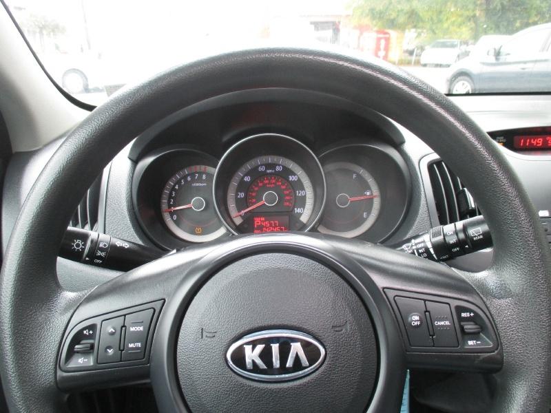 Kia Forte 5-Door 2012 price $3,995