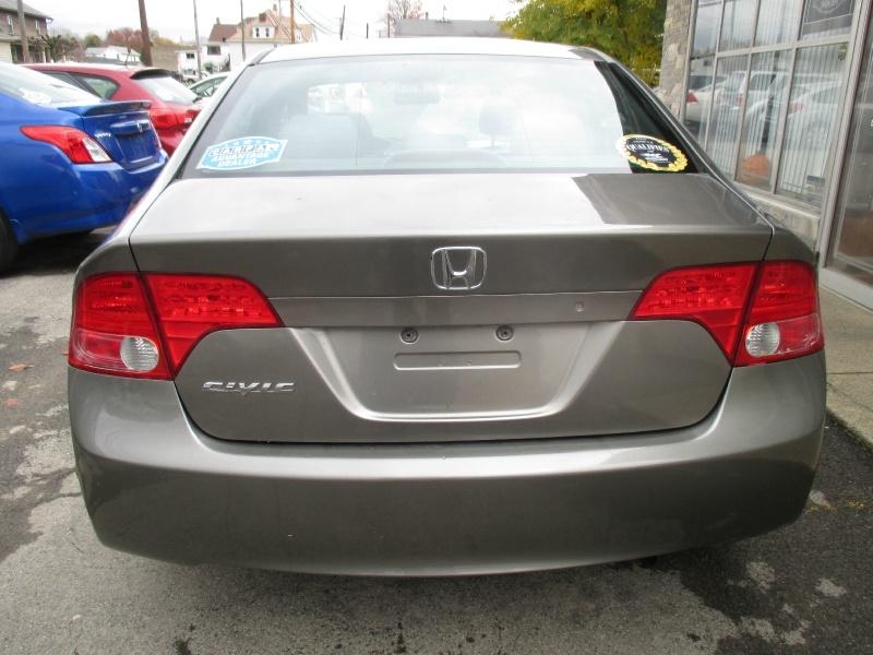 Honda Civic Sedan 2006 price $3,750