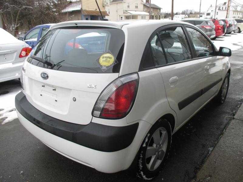 Kia Rio 2009 price $4,250