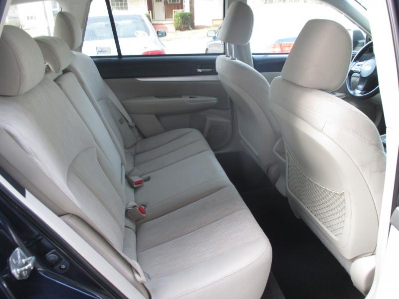 Subaru Outback 2013 price $7,495