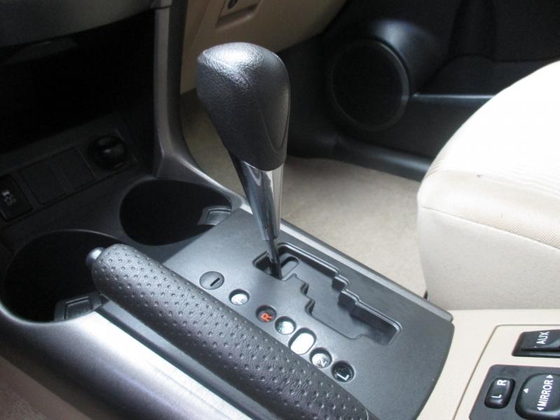 Toyota RAV4 2009 price $7,495