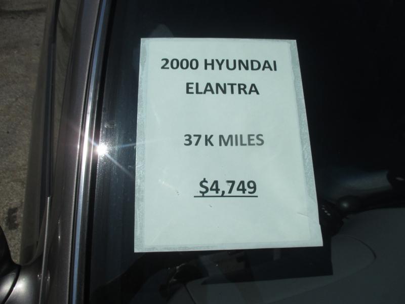 Hyundai Elantra 2000 price $4,749