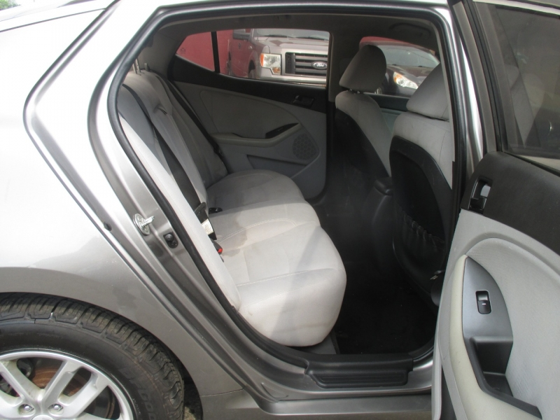 Kia Optima 2013 price $6,975