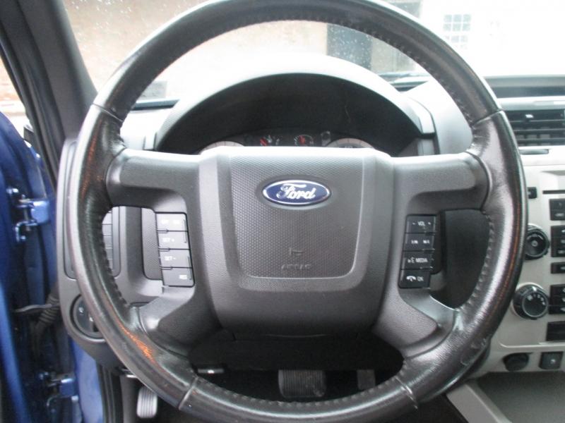 Ford Escape 2009 price $5,999