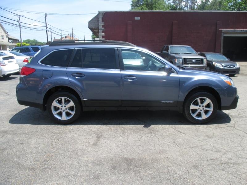 Subaru Outback 2013 price $7,999