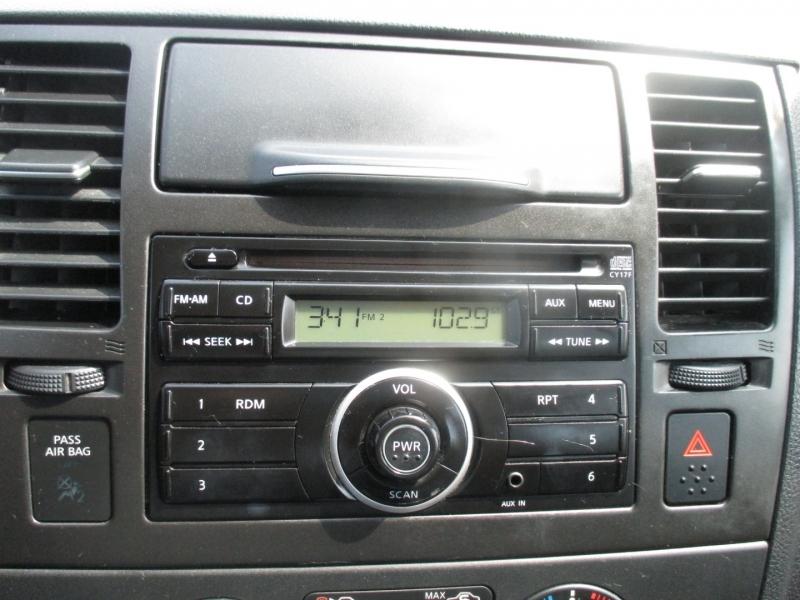 Nissan Versa 2011 price $4,999