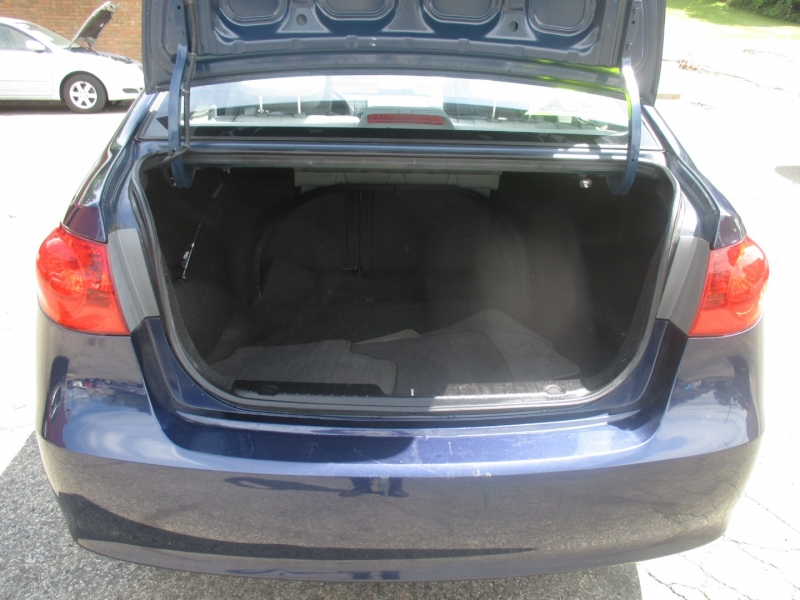 Hyundai Elantra 2008 price $4,999