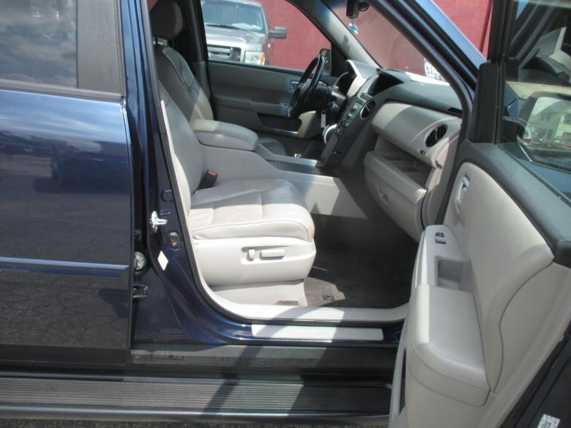 Honda Pilot 2011 price $9,499