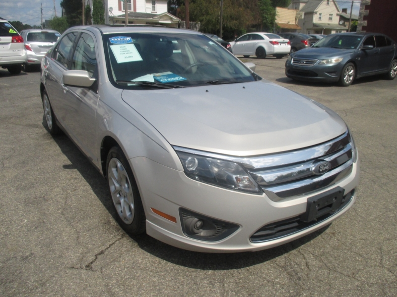 Ford Fusion 2010 price $5,999