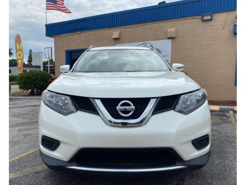 Nissan Rogue 2016 price $16,900