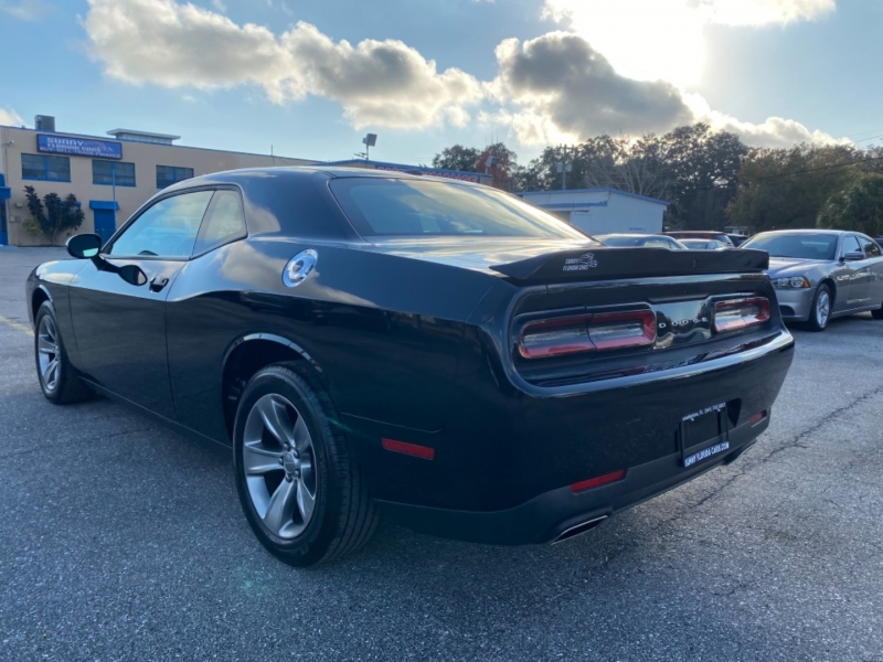 Dodge Challenger 2019 price $23,299