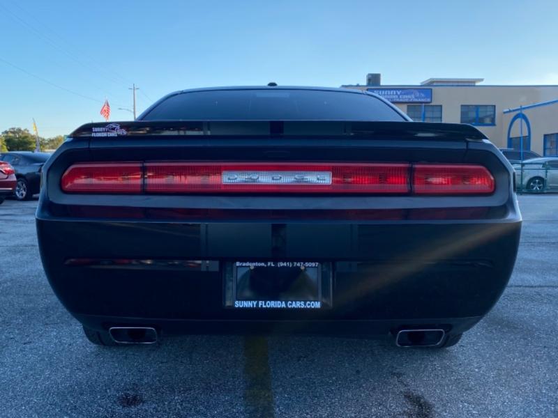 Dodge Challenger 2013 price $13,900