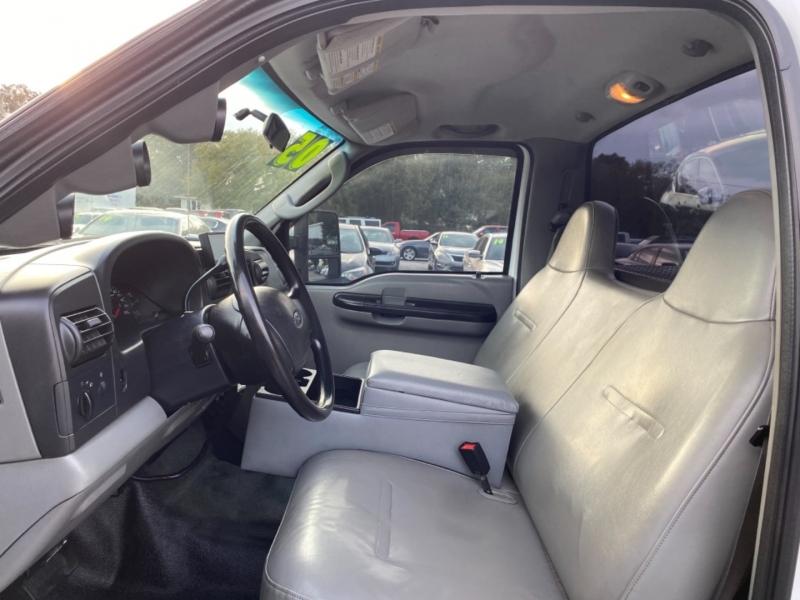 Ford Super Duty F-350 SRW 2005 price $10,900