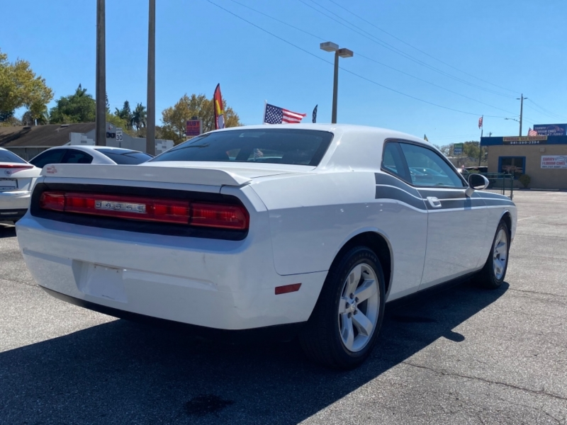 Dodge Challenger 2010 price $13,900