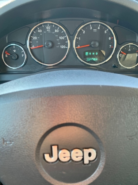 Jeep Liberty 2009 price $9,950