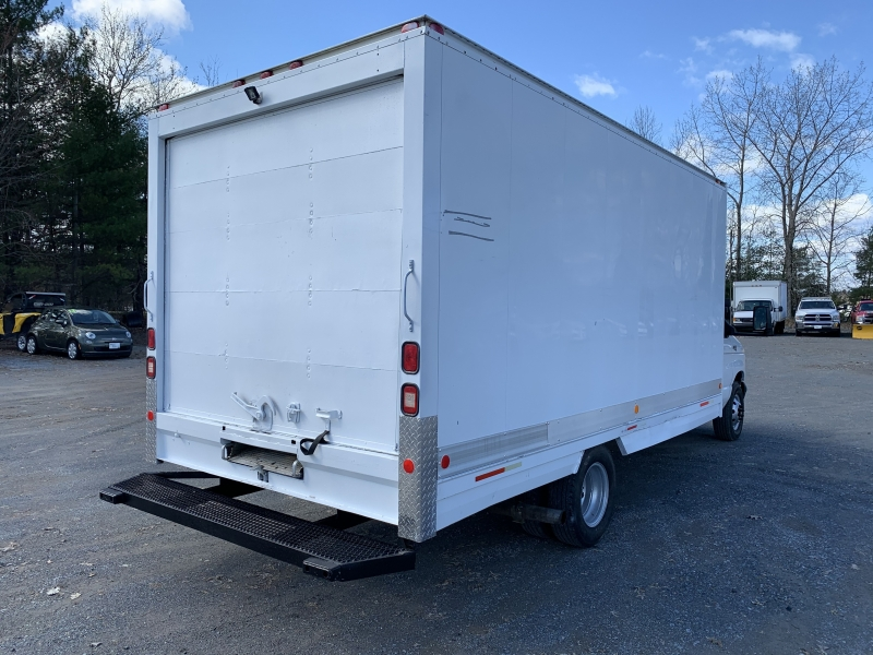 Ford Econoline Cutaway 1998 price $7,895