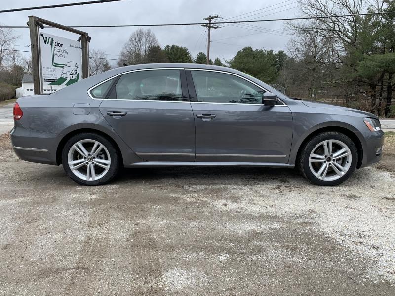 Volkswagen Passat 2013 price $11,895