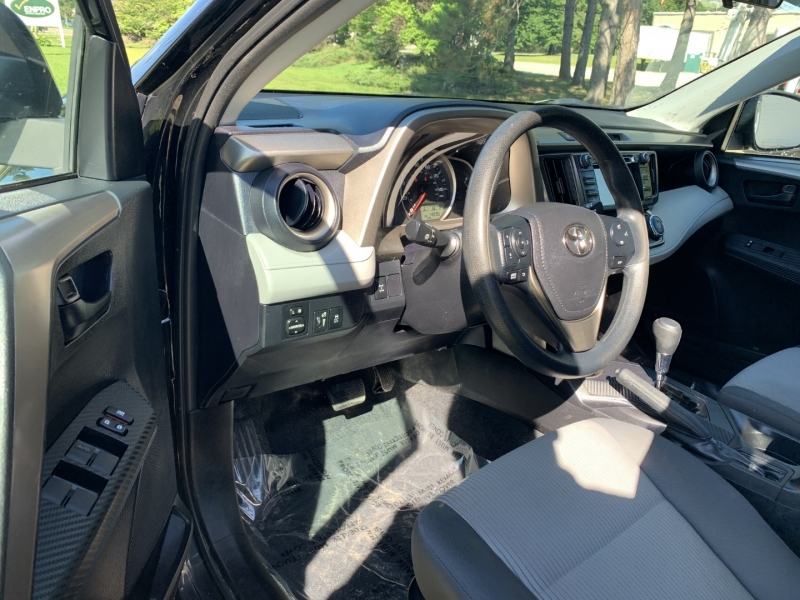 Toyota RAV4 2014 price $15,985