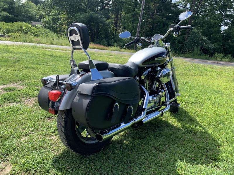 Harley-Davidson Sportster XL1200C 2015 price $6,995