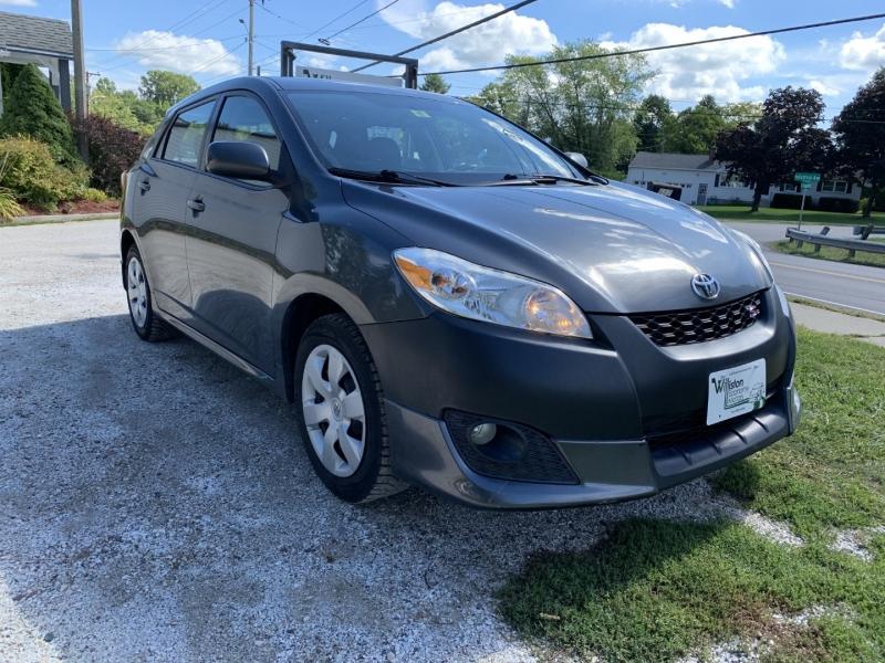 Toyota Matrix 2010 price $5,985