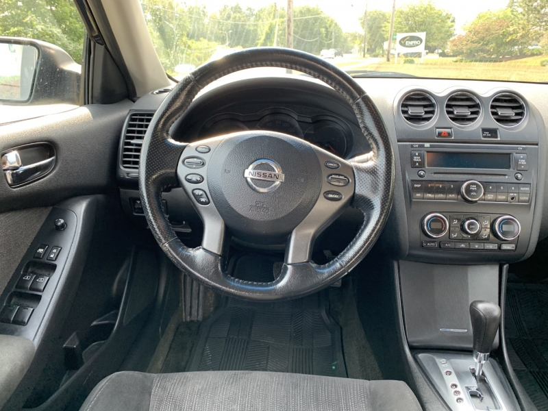 Nissan Altima 2012 price $5,795