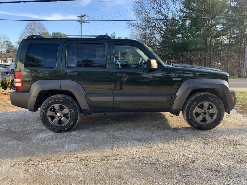 Jeep Liberty 2010 price $7,895