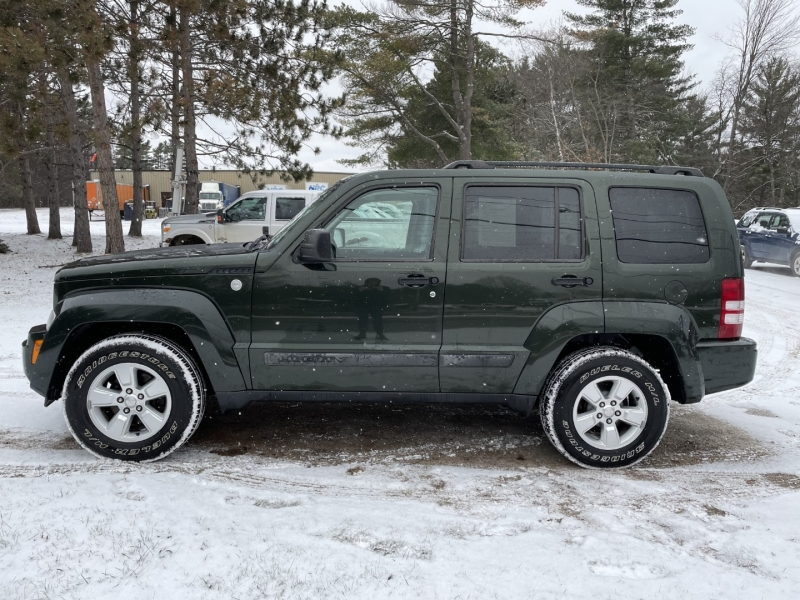 Jeep Liberty 2010 price $8,795