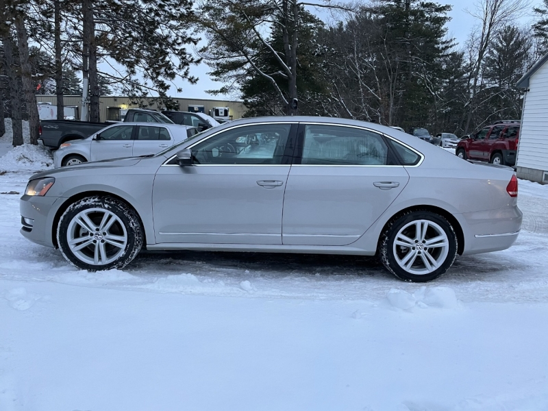 Volkswagen Passat 2013 price $8,985