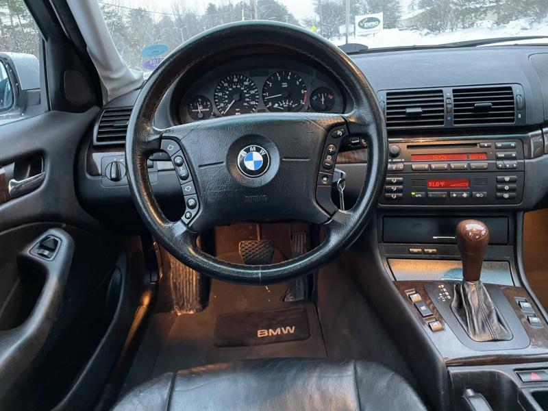 BMW 3-Series 2001 price $3,995