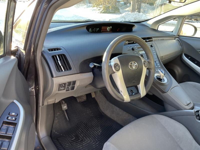 Toyota Prius 2011 price $5,895