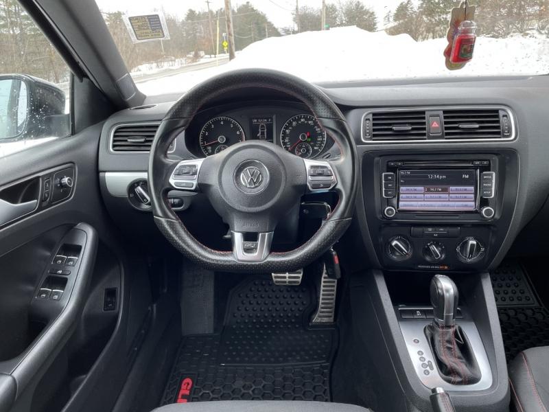 Volkswagen Jetta 2014 price $9,785