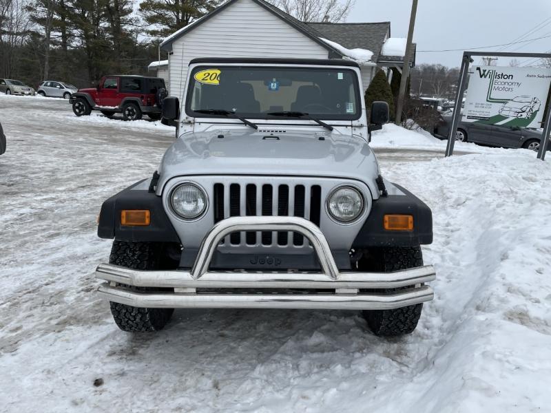 Jeep Wrangler 2004 price $9,985