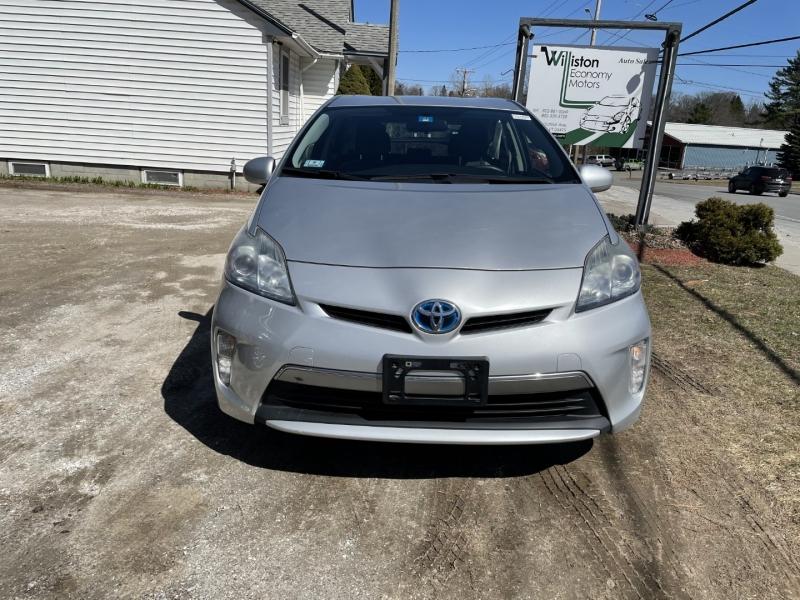 Toyota Prius Plug-In 2012 price $8,995