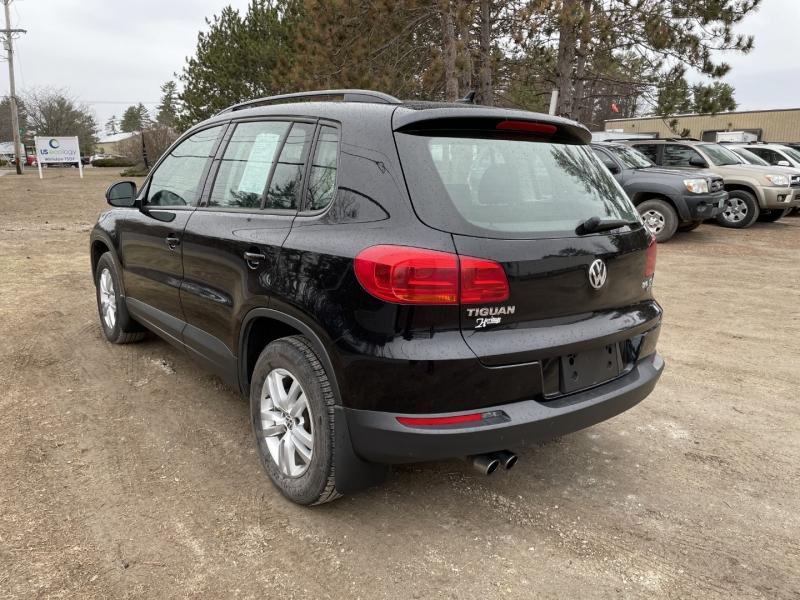 Volkswagen Tiguan 2015 price $10,995