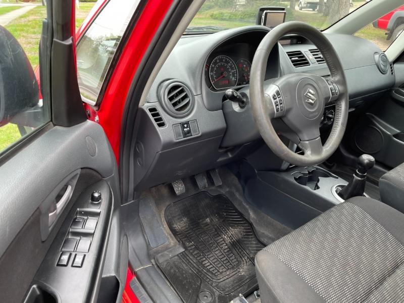 Suzuki SX4 2009 price $3,995