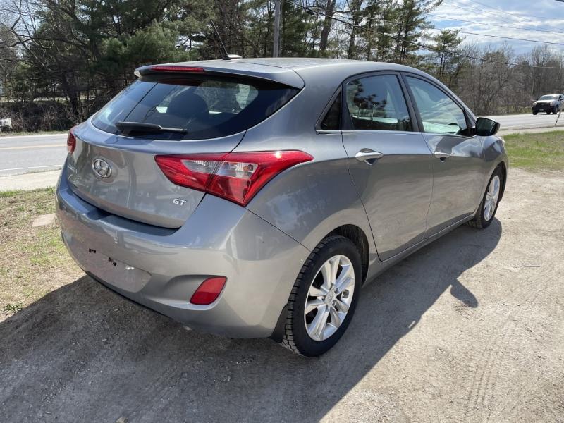 Hyundai Elantra 2015 price $8,895