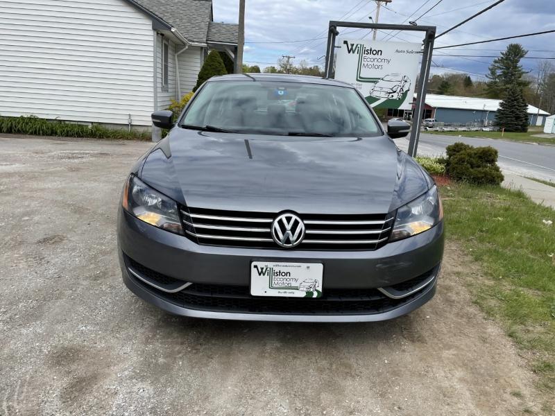 Volkswagen Passat 2015 price $9,885