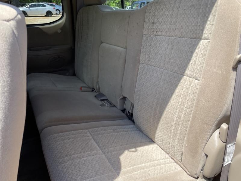 Toyota Tundra 2004 price $9,895