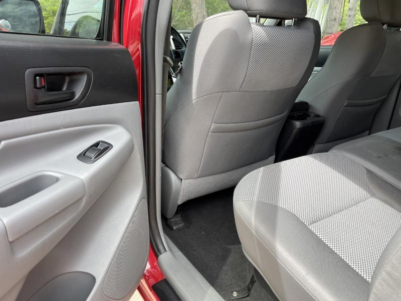 Toyota Tacoma 2012 price $23,985