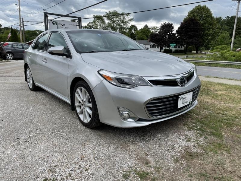 Toyota Avalon 2013 price $10,985