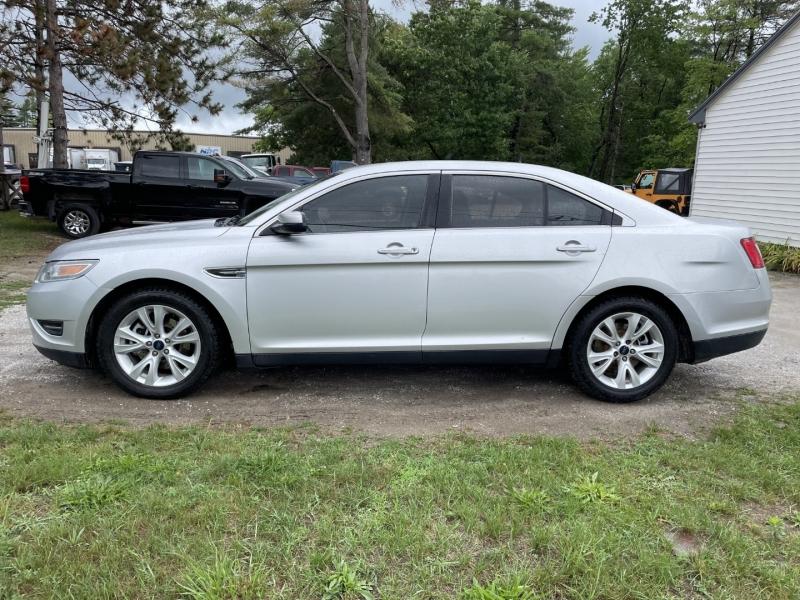 Ford Taurus 2012 price $8,895