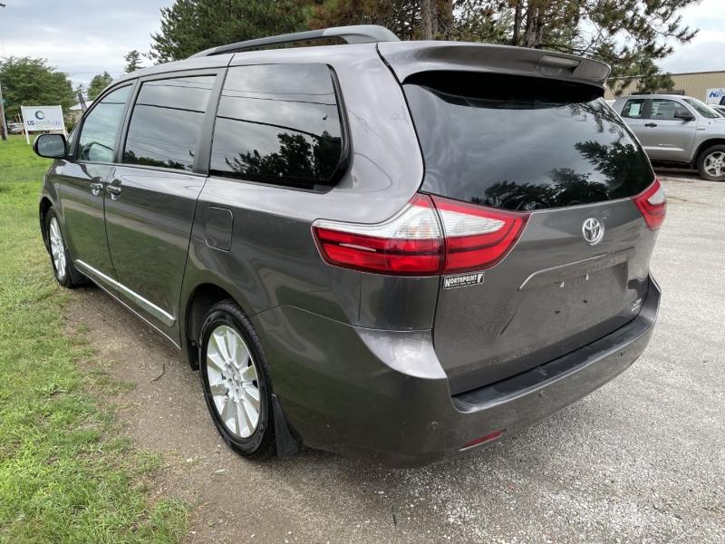 Toyota Sienna 2015 price $19,985