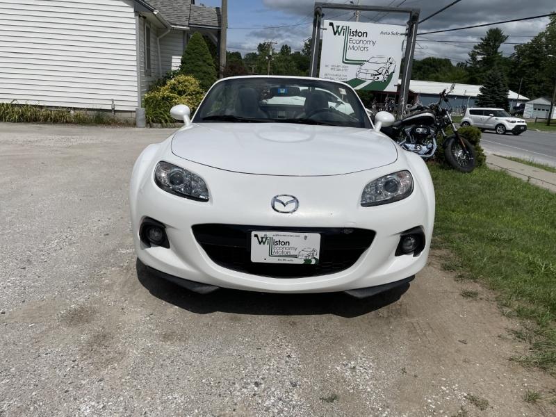 Mazda MX-5 Miata 2013 price $19,795