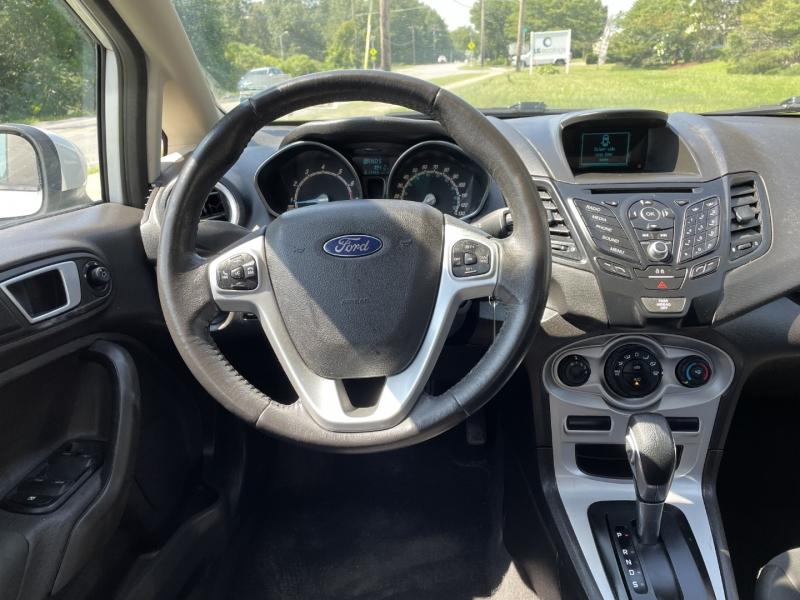 Ford Fiesta 2015 price $6,985