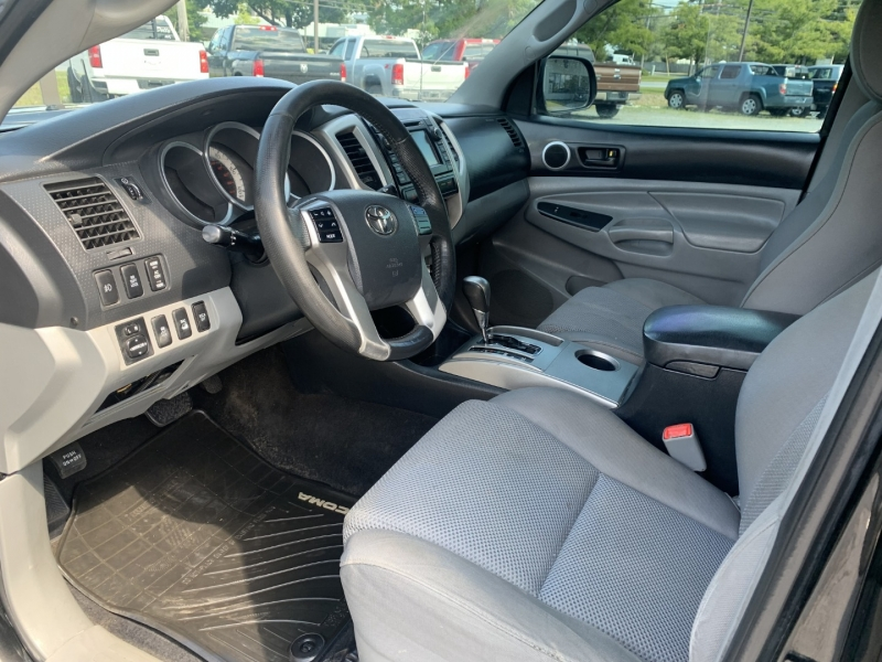 Toyota Tacoma 2013 price $20,985